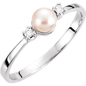 14K White 4.5mm Akoya Cultured Pearl & Diamond Ring