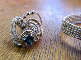 1-Wire weaving Class at In The Studio (2