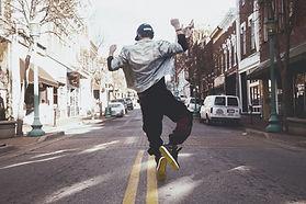 ストリートで踊ります