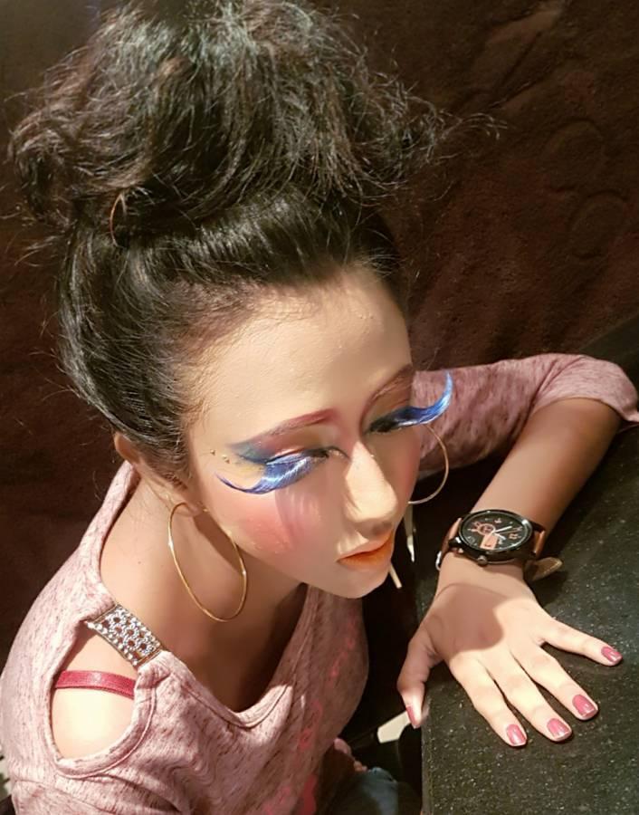 titli-parlour-makeup