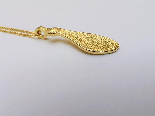esdoornzaadje goud 1.jpg