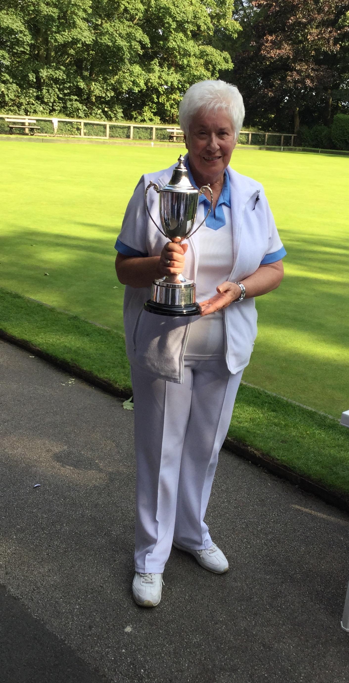 Winner Glenda Emmett
