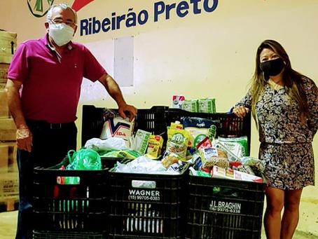 Drive in do Bem arrecada mais de 370 quilos de alimentos e confirma nova edição