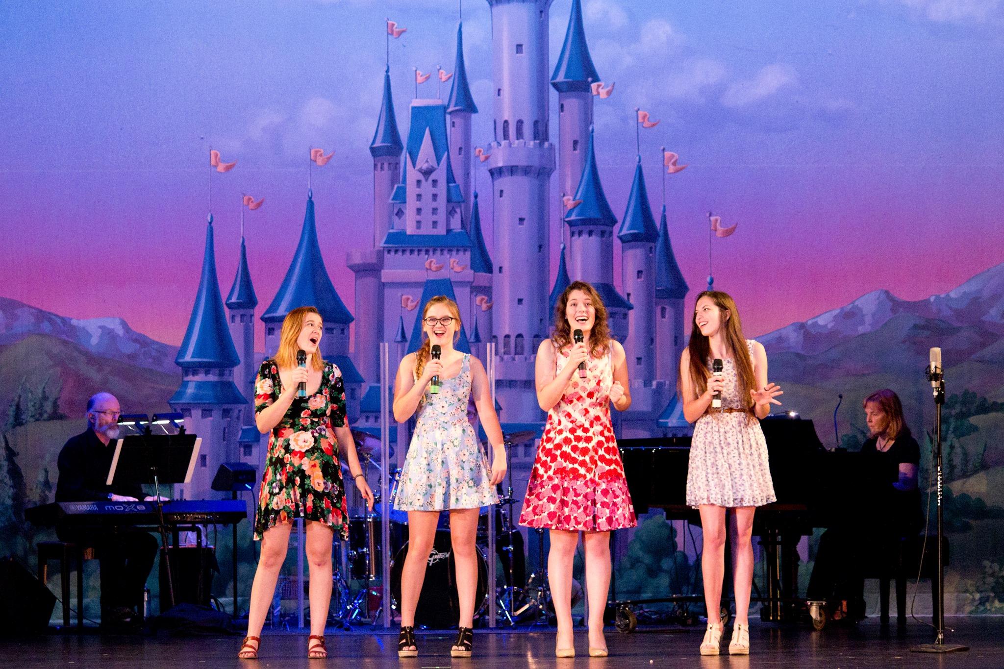 Musical Revue (2015)