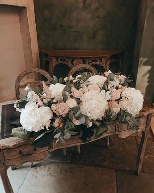 Le Petit Chateau Flowers