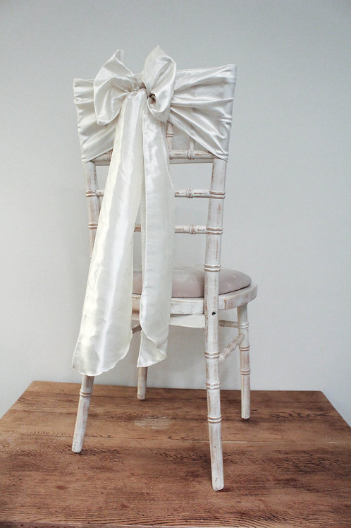 Ivory Chair Bow