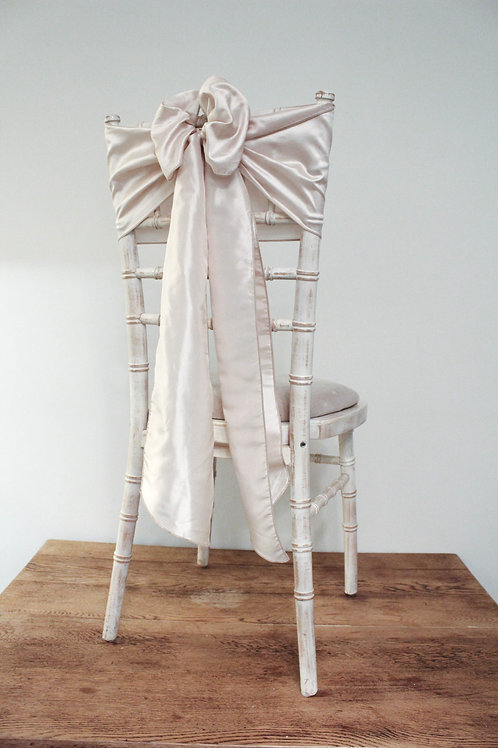 Oyster Pink Chair Bow