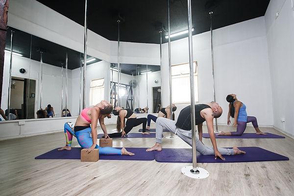 Flexibilidad, Pole Dance, Cambre Studio, Pole Sport, Ñuñoa, Santiago, Chile