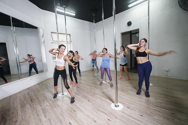 Power Dance, Pole Dance, Cambre Studio, Pole Sport, Ñuñoa, Santiago, Chile