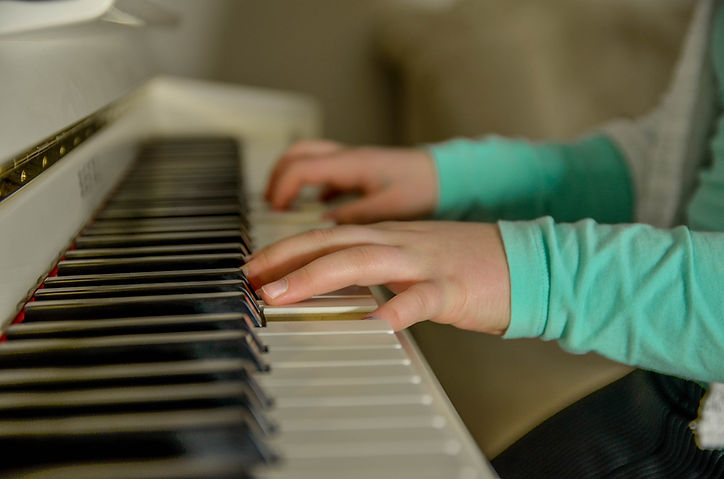 piano-little hands.jpg