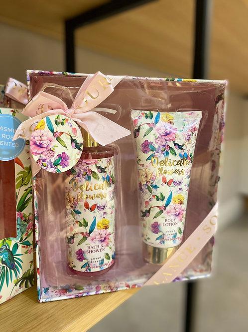 geschenkpakket badset delicate flowers sweet blossom