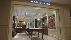 パリミキ・カンボジア 眼鏡店+眼科病院、なぜ?