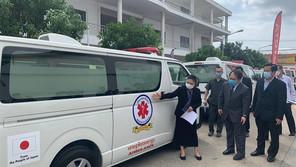 日本政府、救急車35台をカンボジアに寄贈(5月8日)