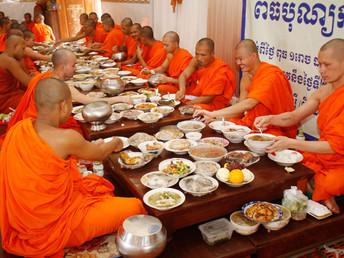 カンボジア、プチュンバンの行事を中止 新型コロナ感染予防で(9月25日)