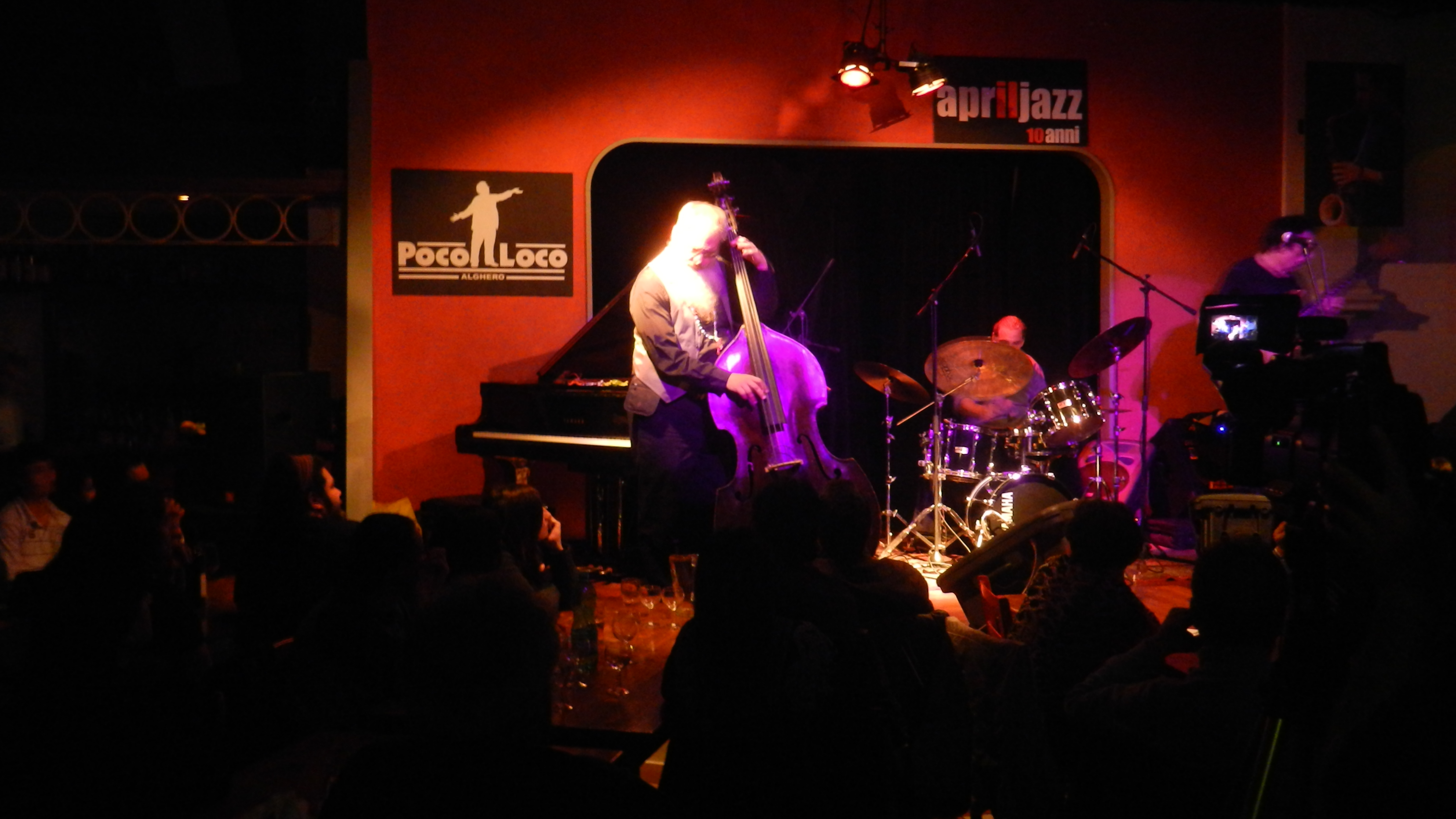 Jeff Berlin trio - April Jazz Poco Loco club Alghero Pizzeria Griglieria Poco Loco Alghero