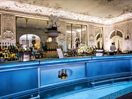 Fröhliches Bar Hopping im Bayerischen Hof