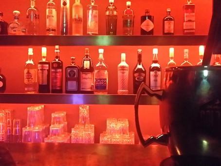 Salon Pitzelberger: Cocktails im Theater