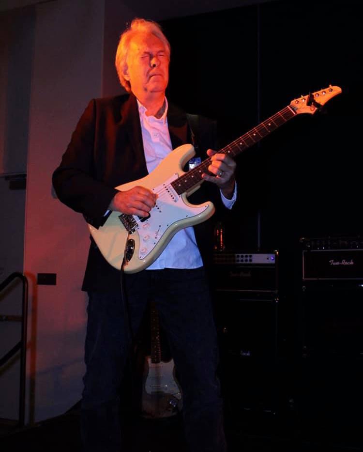 Steve Snider Lead Guitarist