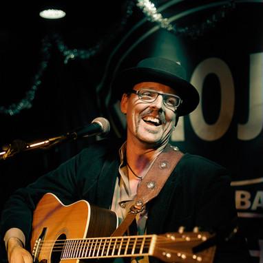 Brett Perkins Int'l Songwriters Showcase