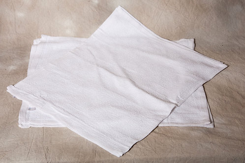 23W     White Hand Towels