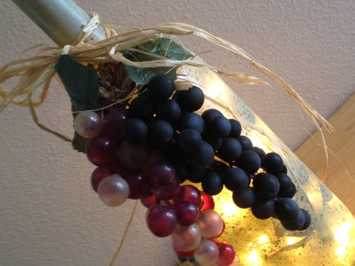 Beigh Bottle with Grapes