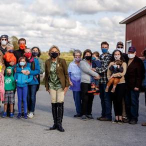 Dr. Jill Biden enjoys a visit to  King Family Orchard