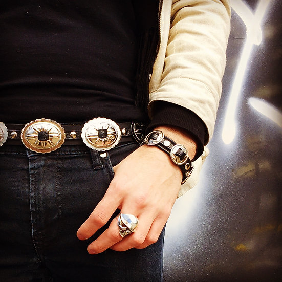 'SMALL CONCHO' LEATHER BRACELET