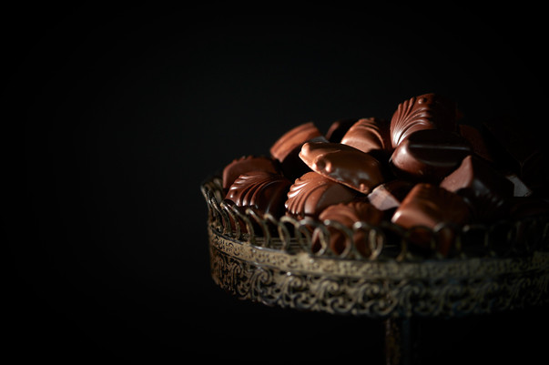 Chocolates_Dark_Close_up.jpg