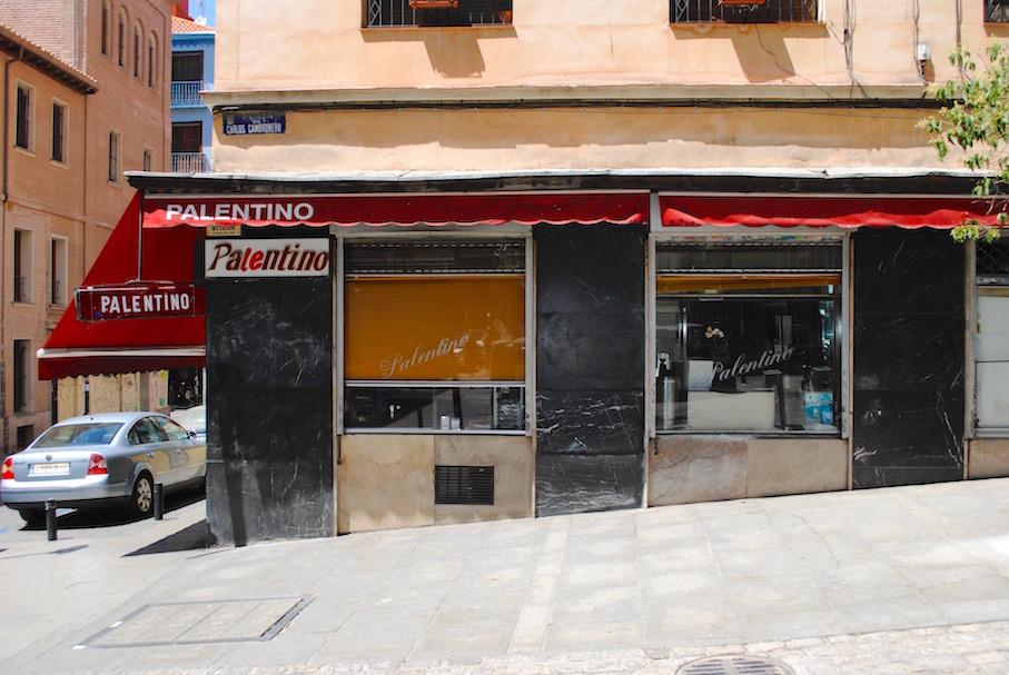 Madrid, Malasaña, café Palentino