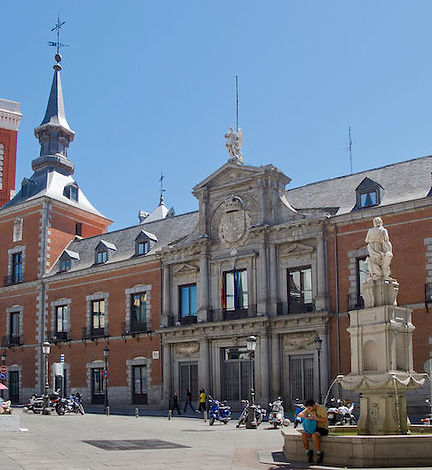 palais-santa-cruz-madrid.jpg