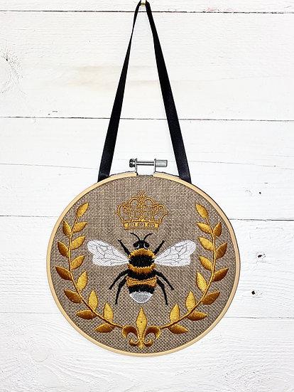 Queen Bee Wreath Wall Hanging
