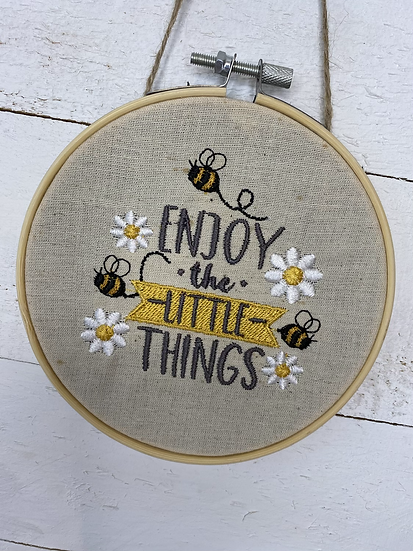 bee hanging decoration - enjoy the little things