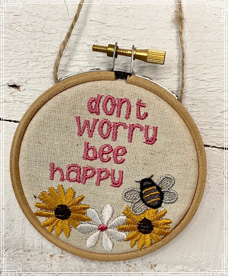 Bee hanging decoration - don't worry be happy