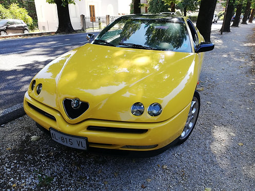 Alfa Romeo GTV del 1996