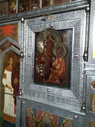 Басменный иконостас.