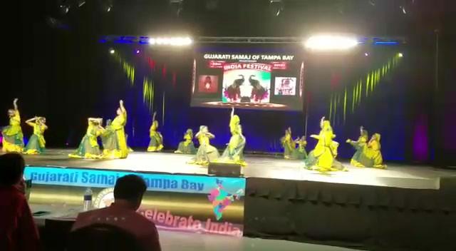 Nach-Bollywood-Style--------fbdown.net.m
