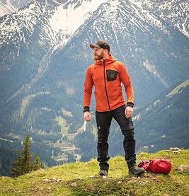auf Bergtour zum Gipfel des Thaneller, Tirol