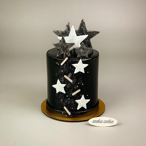 Fondant Cake - 332