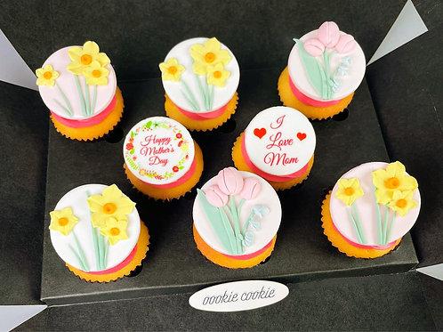 M10 Mini Cupcakes