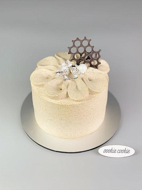Earl Grey Cream Cake - 111