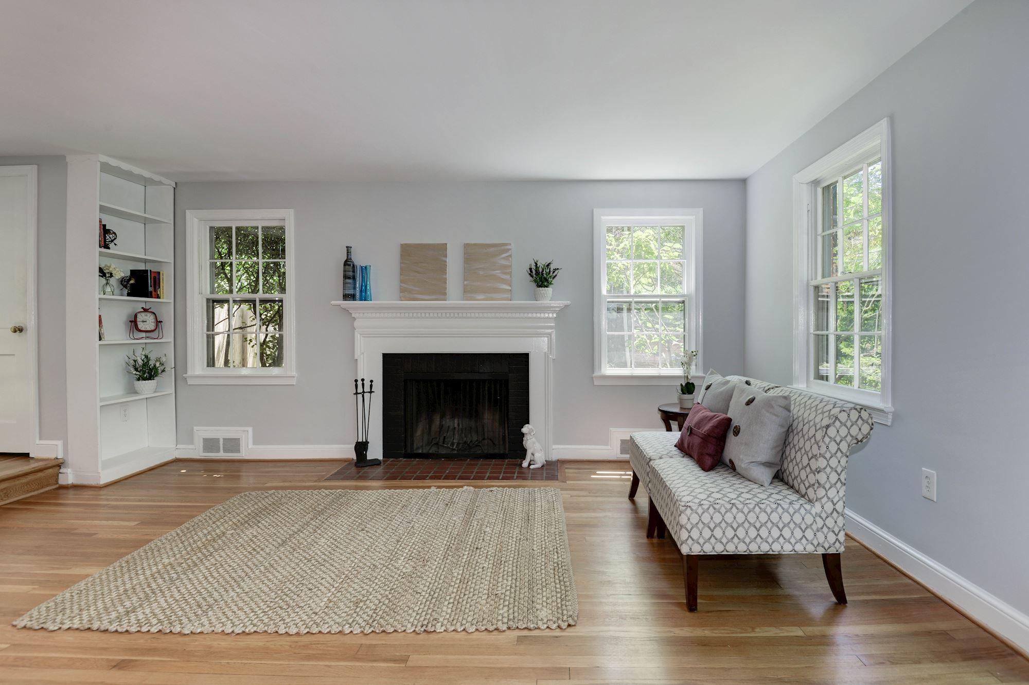 2309 N Monroe Living Room