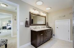 036 707 W GLEBE ROAD Master Bath Vanity.
