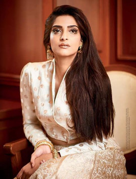 Sonam Kapoor Femina, 25th October 2016,