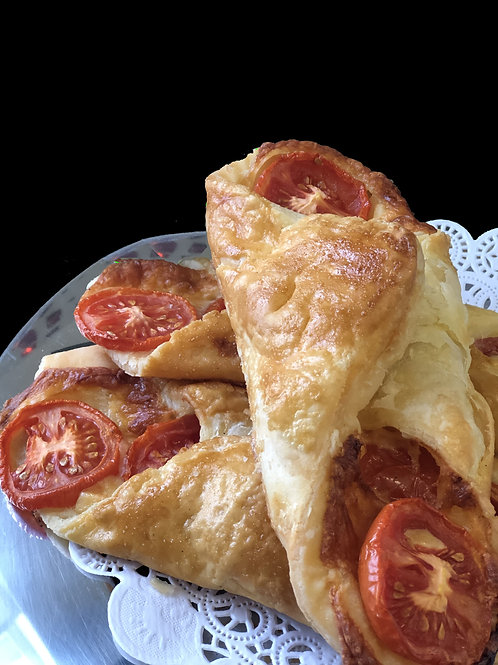 Cheese and Tomato Twist