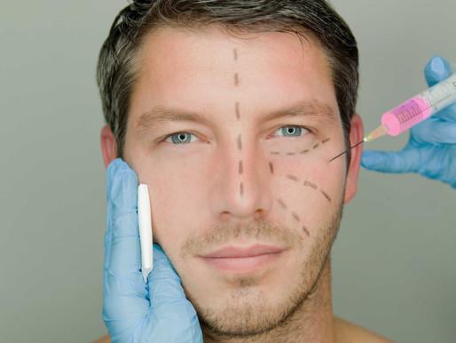 """Homens superam """"tabu"""" e procuram por cirurgias plásticas"""