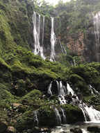Тысяча водопадов