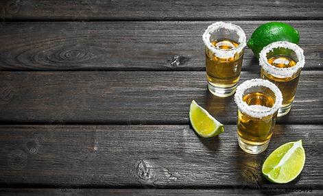 tequila-shot-glass-salt-lime-2885495.jpg