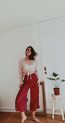 Capri Pants / Silky Wine