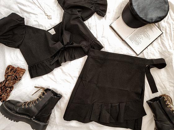 Bali Skirt / Black is black