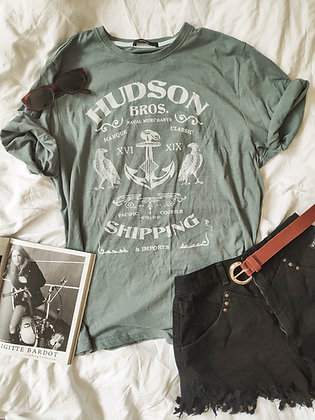 Hudson t-shirt 🦎